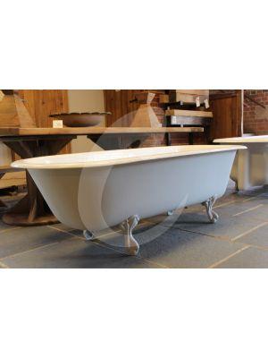 English Roll Top Bath